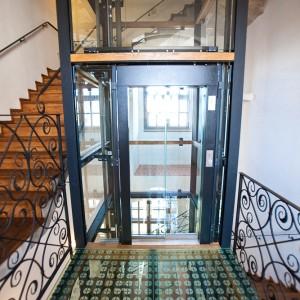 Prosklené výtahy Zámek Valeč