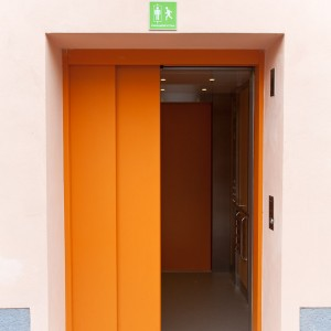 Vstup do osobního výtahu v Třebíči