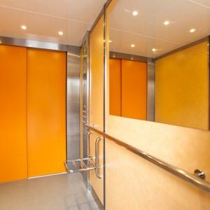 Prostor v osobním výtahu v Třebíči