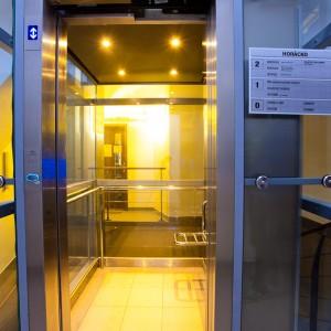 Výroba osobních výtahů ve Velkém Meziříčí