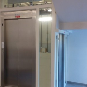 Výtah pro vozíčkáře v zdravotním středisku Medikus Křižanov